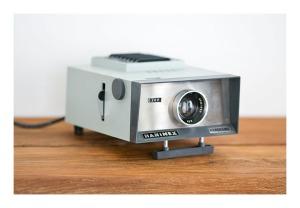 Hanimex Hanorama '300' slide projector