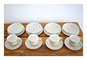 Crown Lynn Clematis breakfast set
