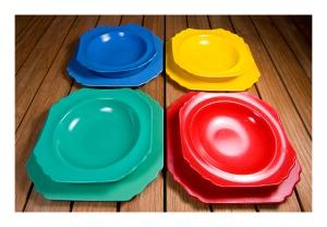 Sellex bakelite picnic ware