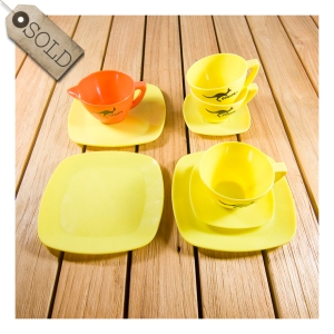 Skippy tea set