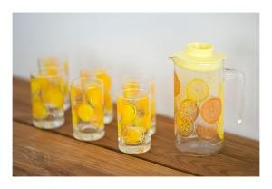 Crown Corning Juice set