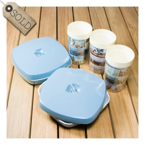 TAA flight food containers
