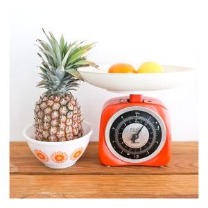 Krups kitchen scales & Pyrex bowl