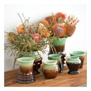Newtone vases