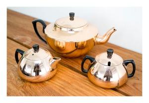 Glamaware tea service