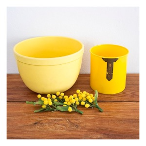 Yellow bakelite