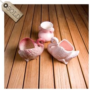 Pates swan & bud vases