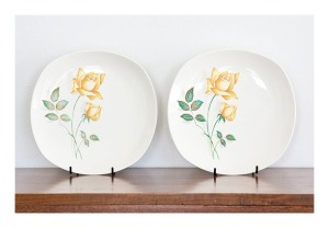 Johnson 'Sovereign Rose' plates, 1950s