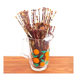 Faux tortoise shell knitting needles