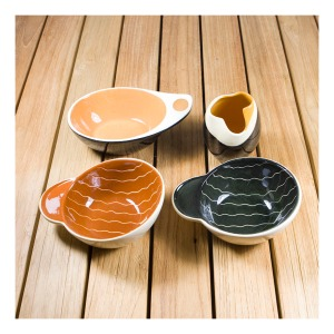 Elischer ramekins & vase