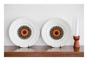Johnson Bros [Aust] dinner plates, 1975
