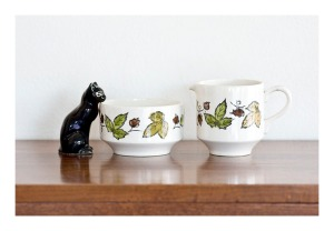 Kathie Winkle 'Autumn' jug and bowl