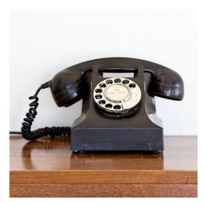 30s bakelite telephone